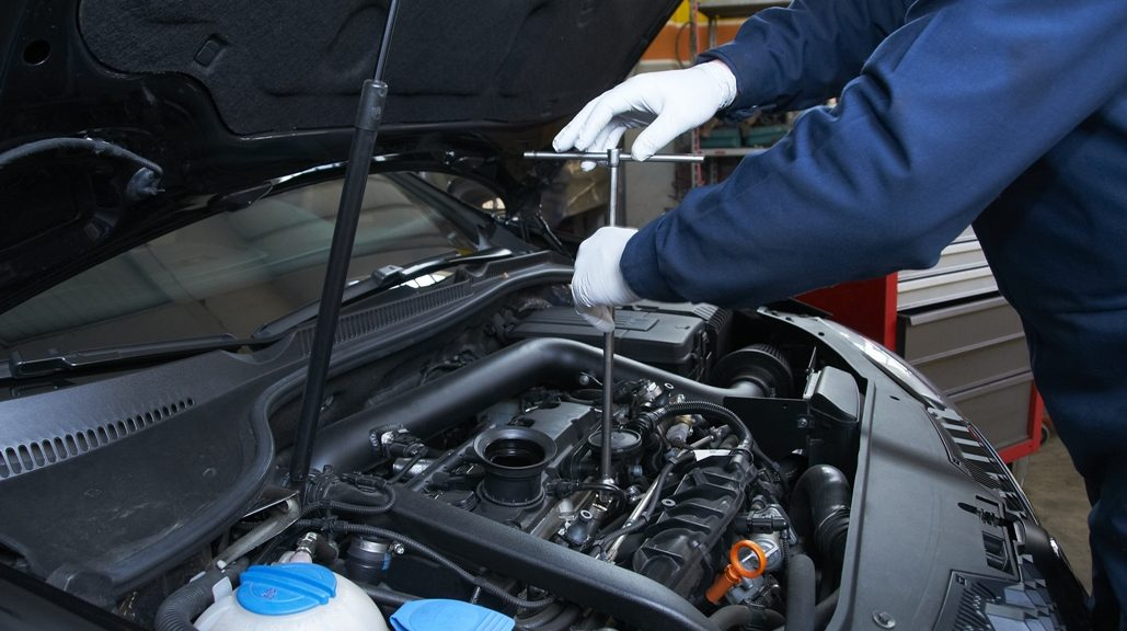 Vehicle Maintenance: Top 7 Things You Must Always Keep Watch Off